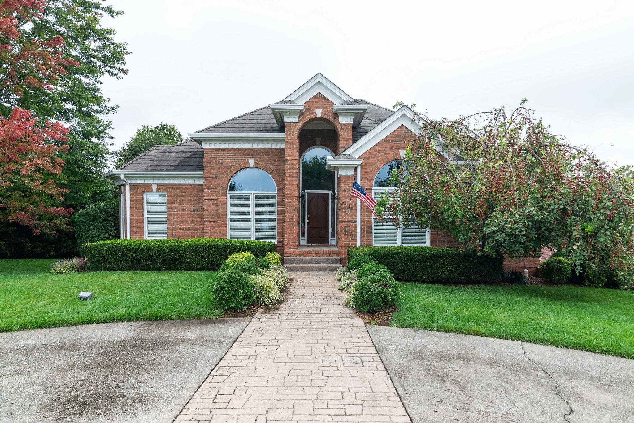 655 Potomac Dr Property Photo 1
