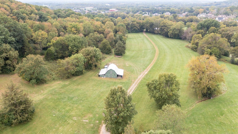 2247 S Berrys Chapel Rd Property Photo 7