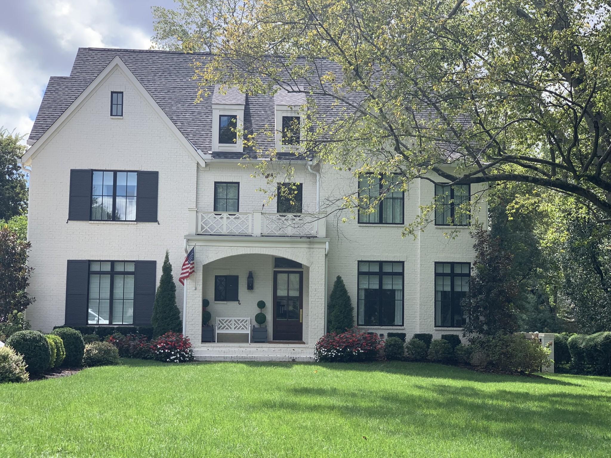 403 W Brookfield Ave Property Photo