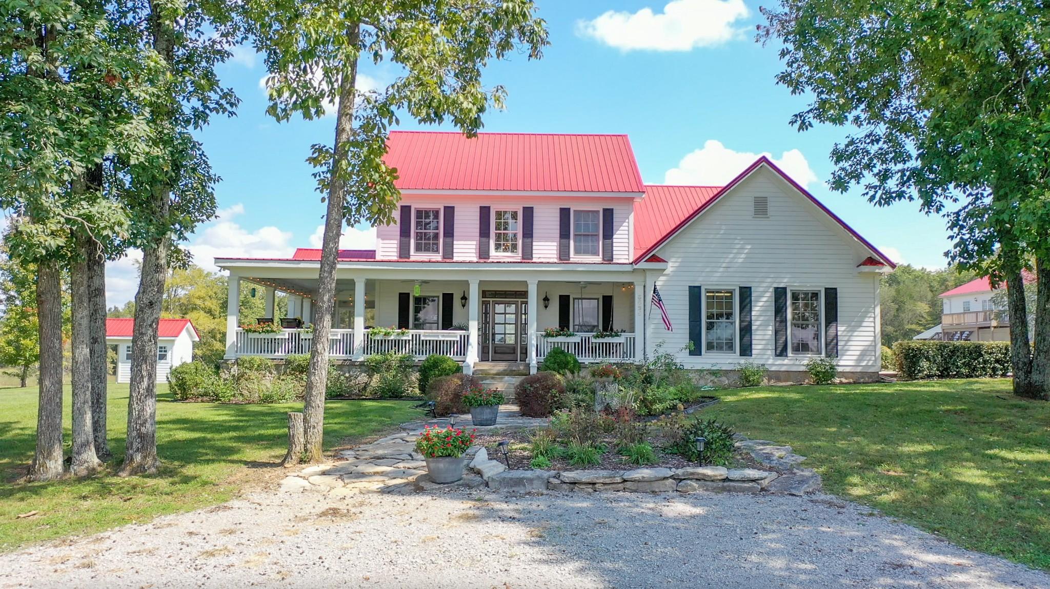 5585 Reynolds Rd Property Photo