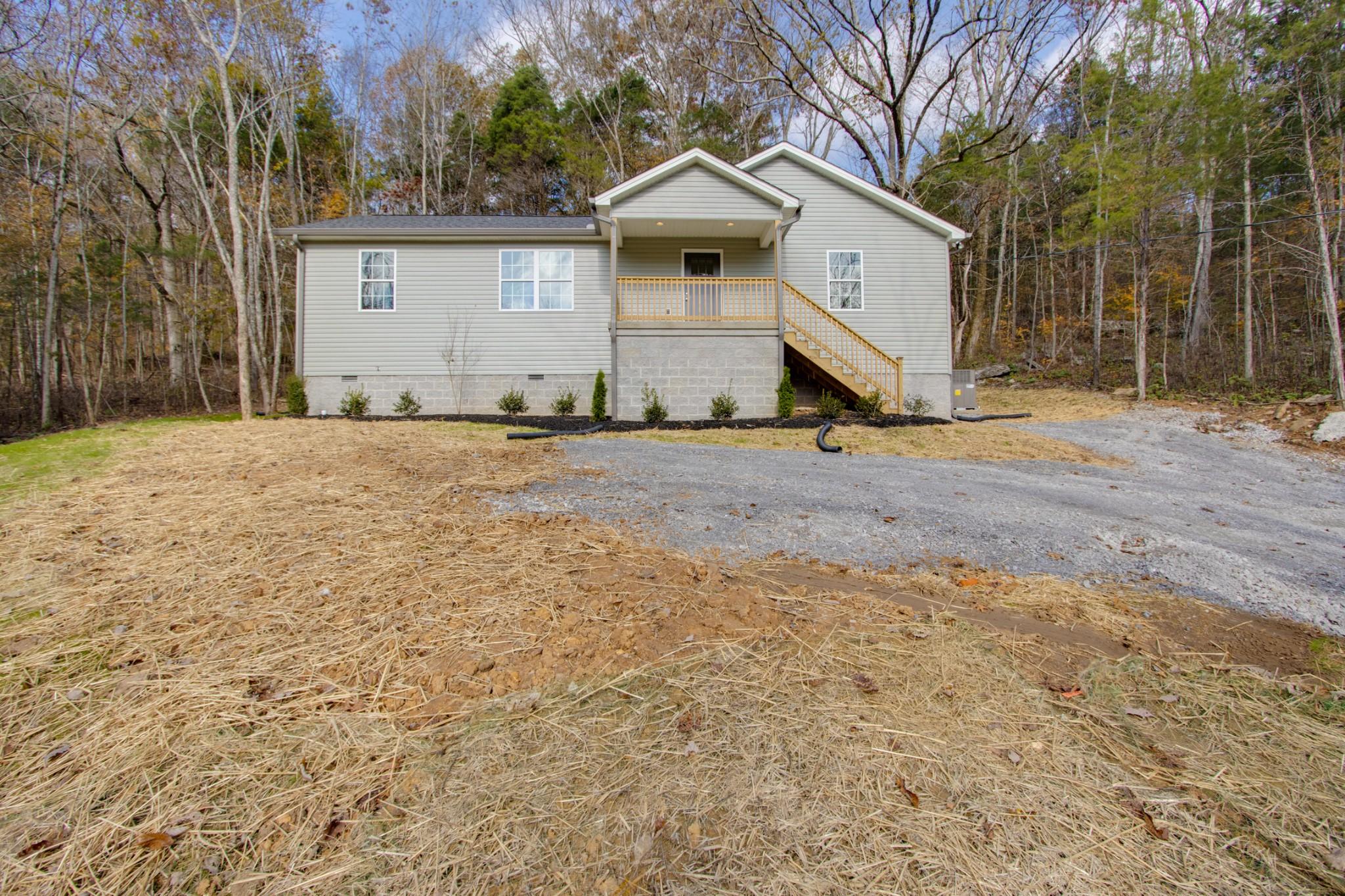 20 Creekwood Ln Property Photo