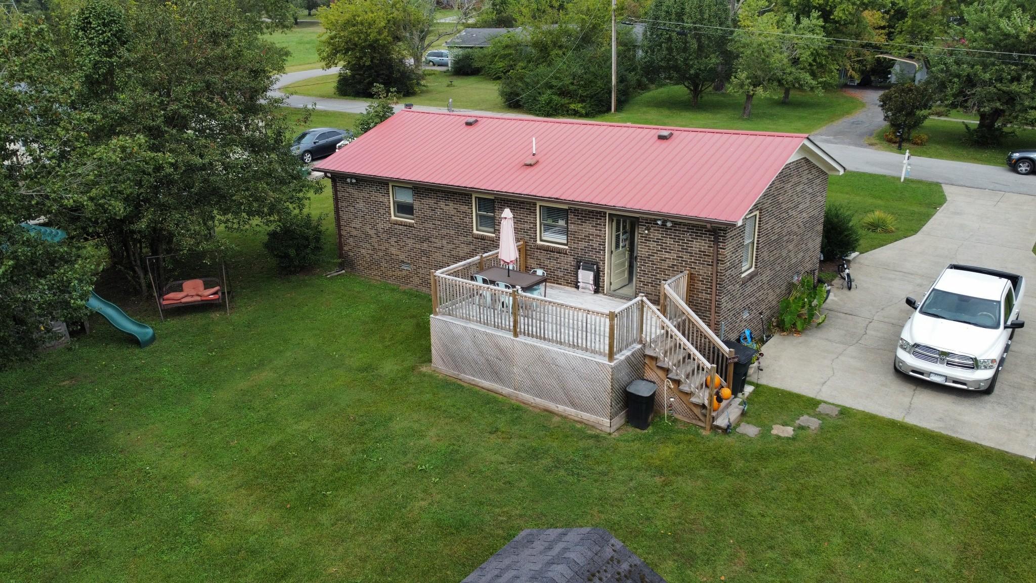 106 Wallace St Property Photo 12