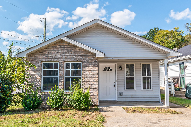 1400 Rock Creek Ct Property Photo