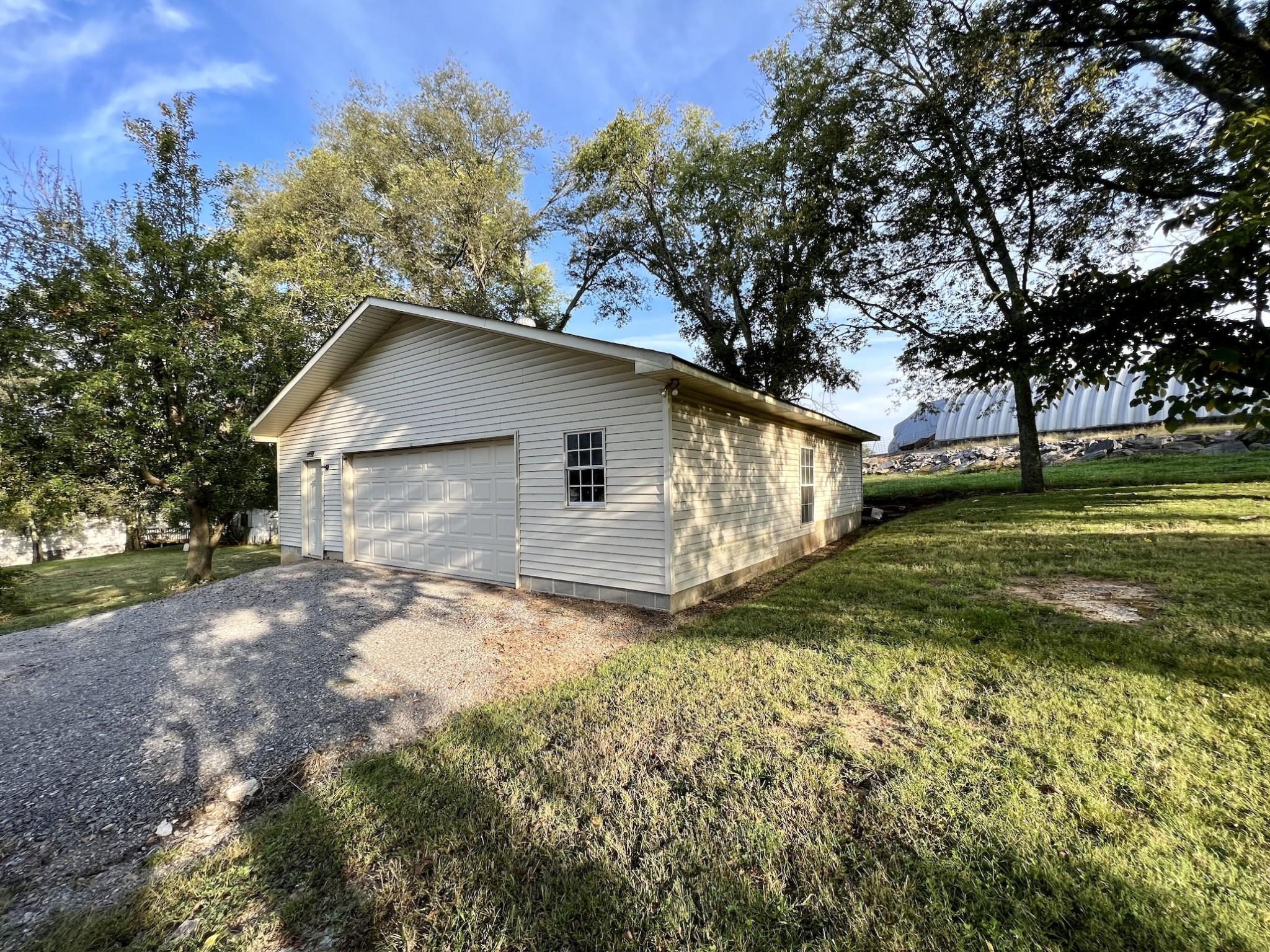 3250 Murfreesboro Rd Property Photo 6