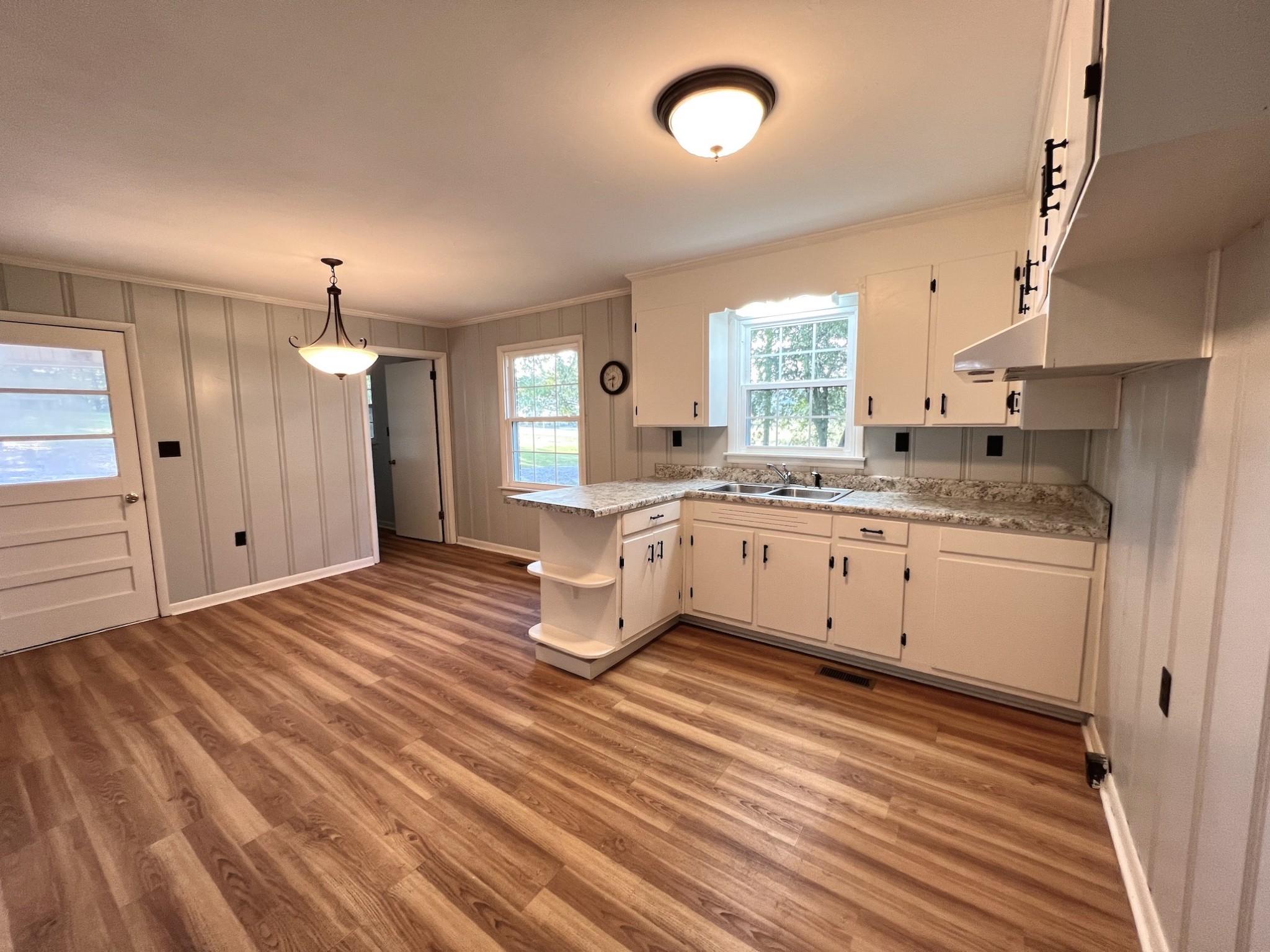 3250 Murfreesboro Rd Property Photo 8
