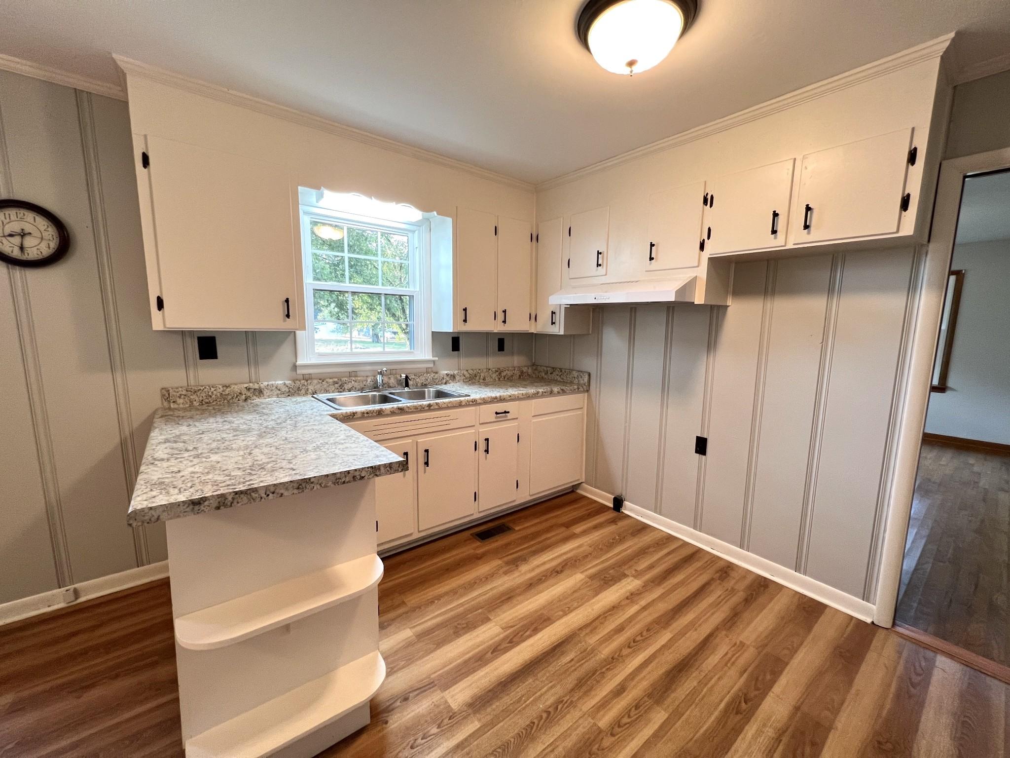 3250 Murfreesboro Rd Property Photo 9