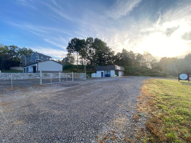 1549 Ashland City Rd Property Photo
