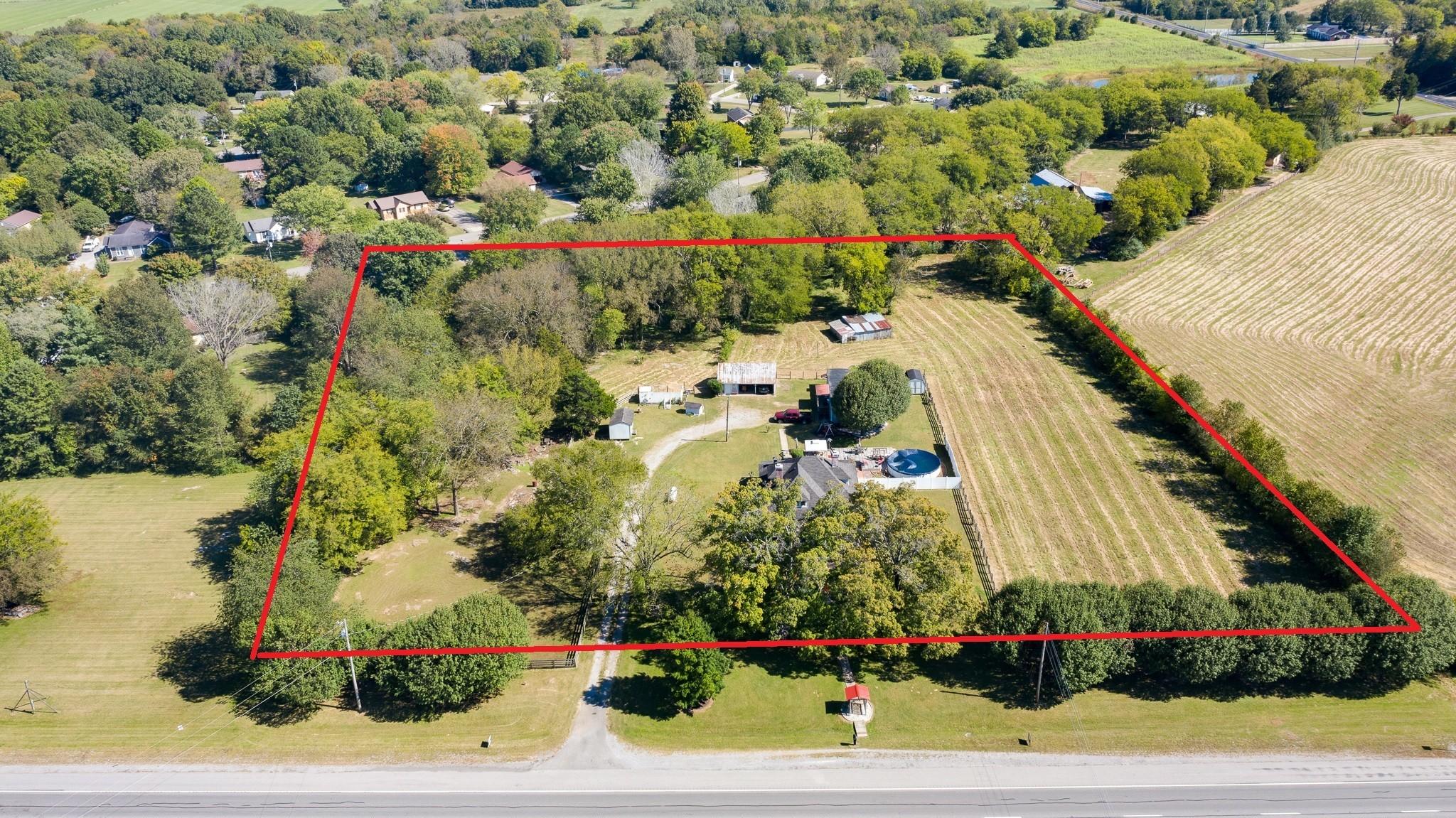 5963 Shelbyville Pike Property Photo 1