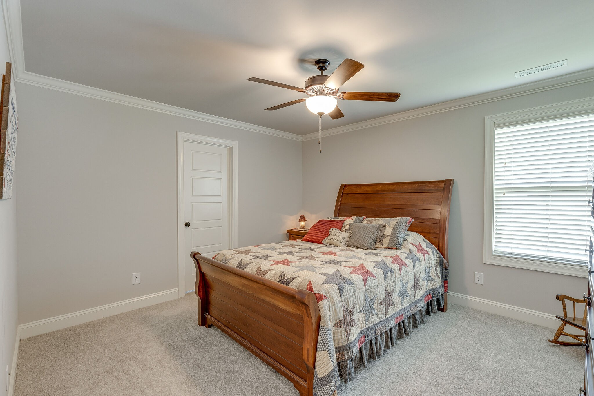 100 Cardigan Ct Property Photo 29