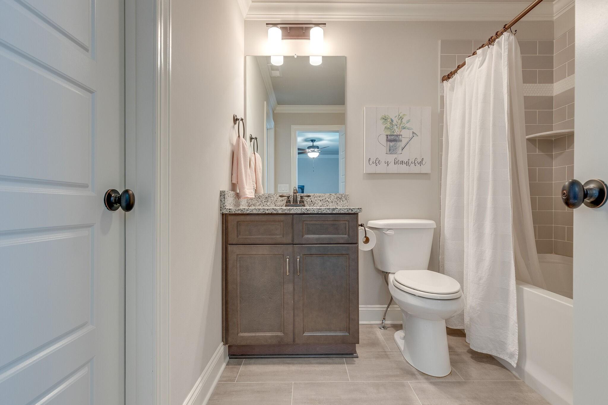 100 Cardigan Ct Property Photo 33