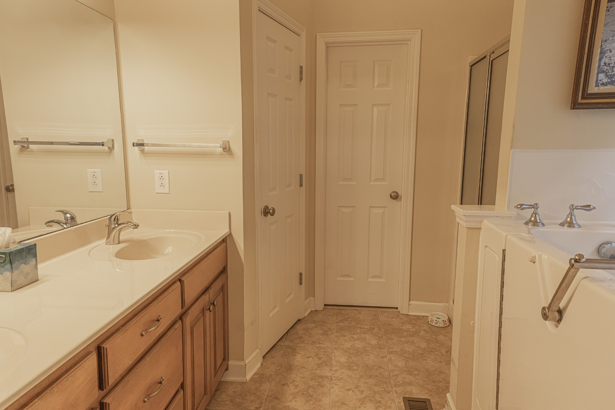 1015 Belcor Dr Property Photo 13