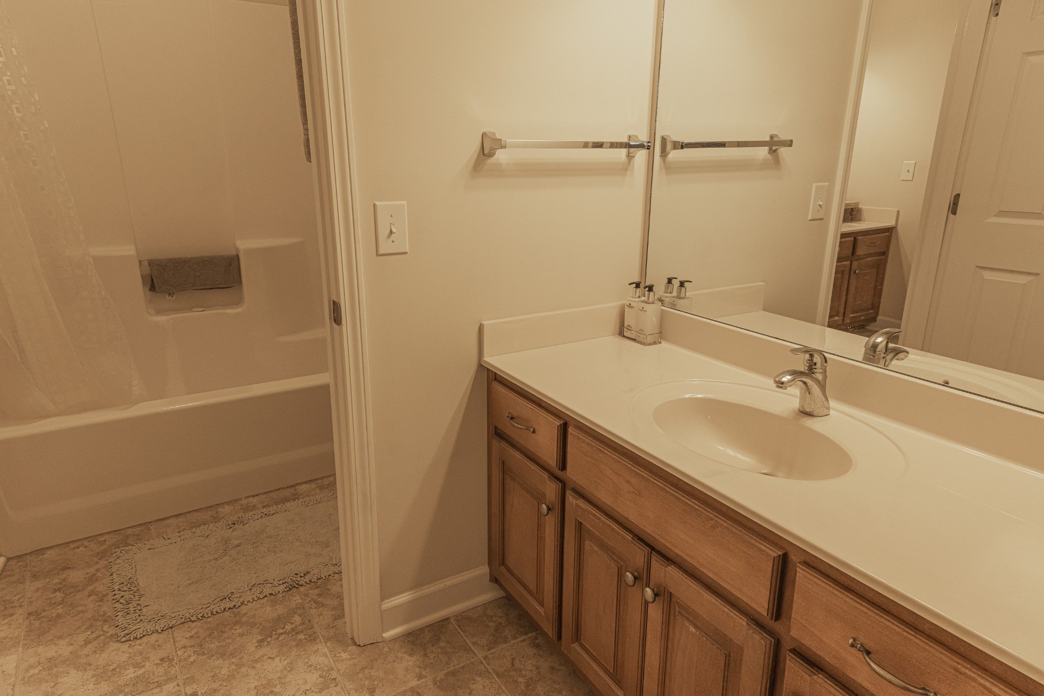 1015 Belcor Dr Property Photo 16