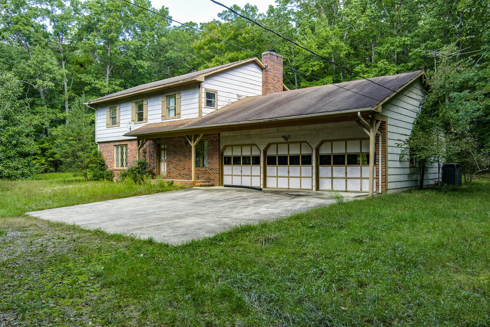 1531 E Overlook Rd Property Photo