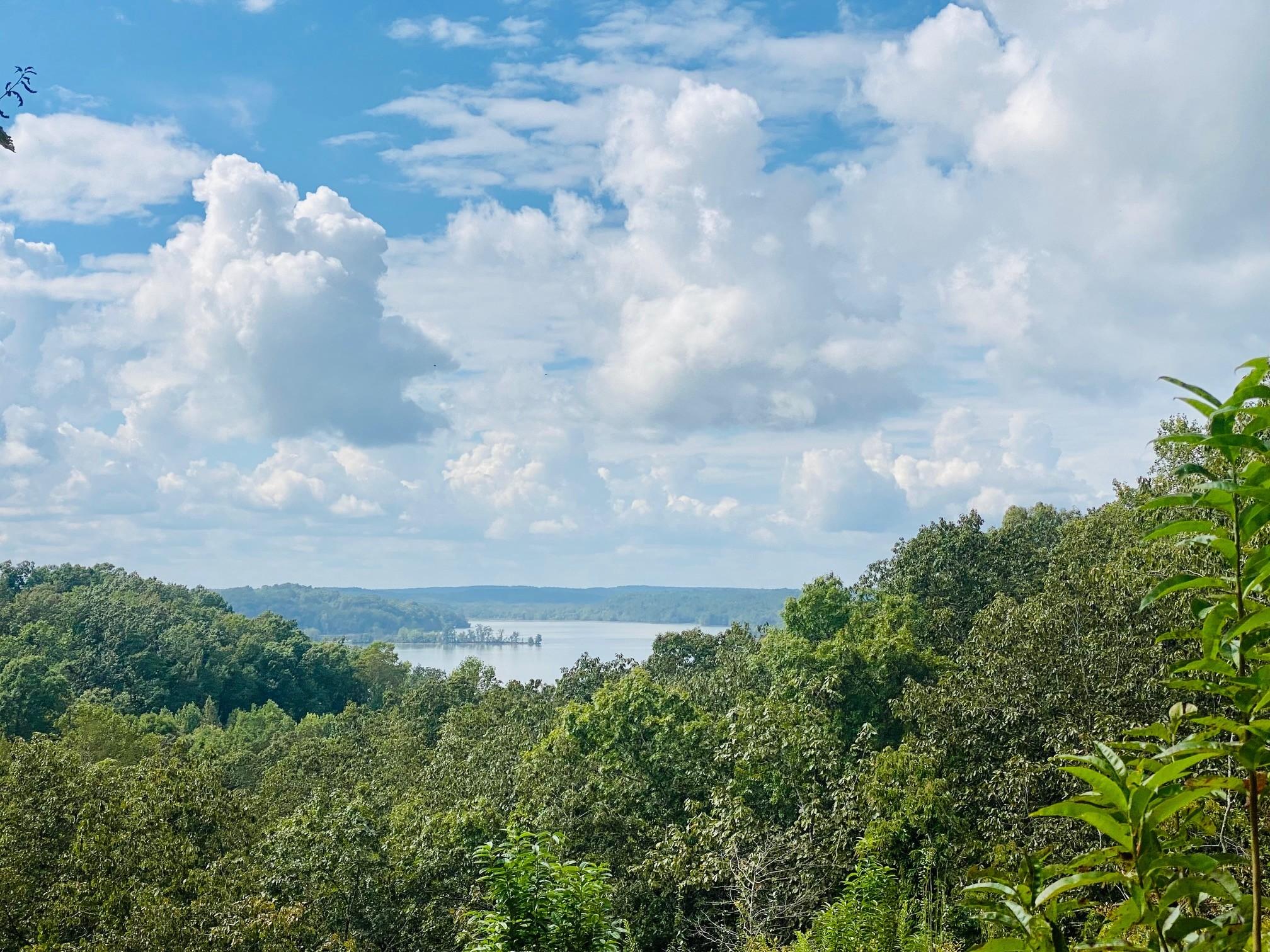 16 Lake Ridge Dr Property Photo