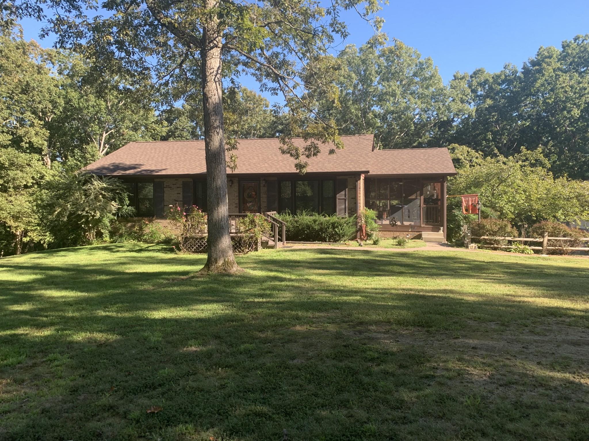 1295 Dogwood Dr Property Photo