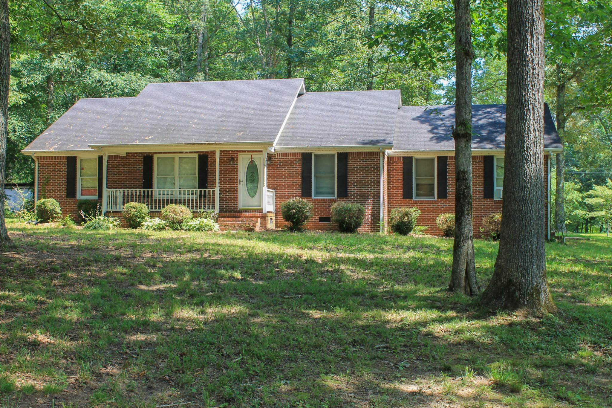 55 Pinewood Ln Property Photo 1