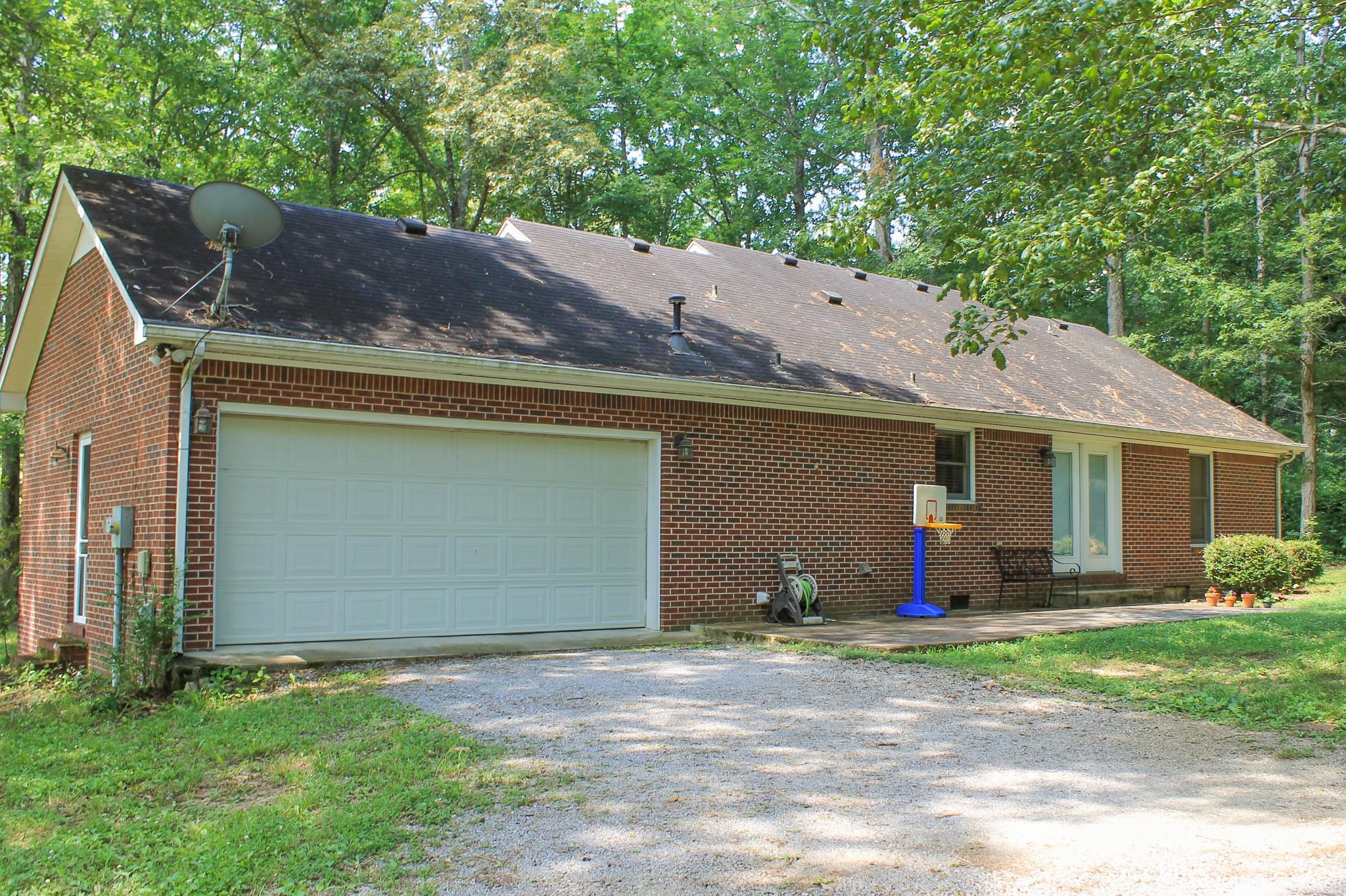 55 Pinewood Ln Property Photo 9