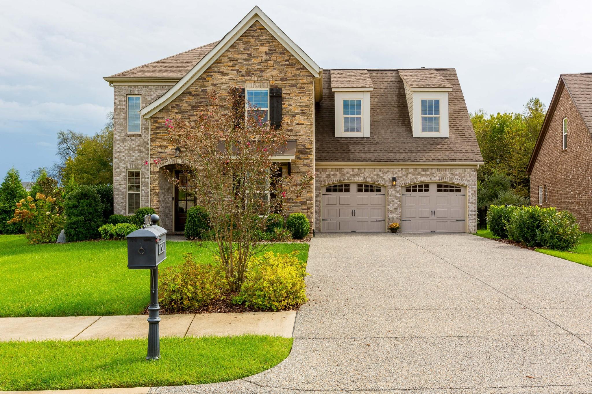 1328 Reynard Dr Property Photo 1