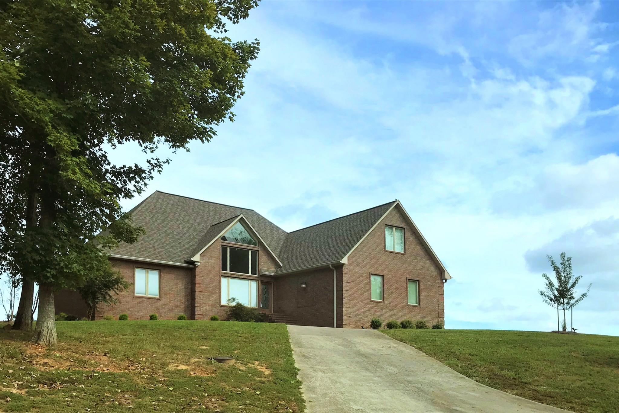 42211 Real Estate Listings Main Image