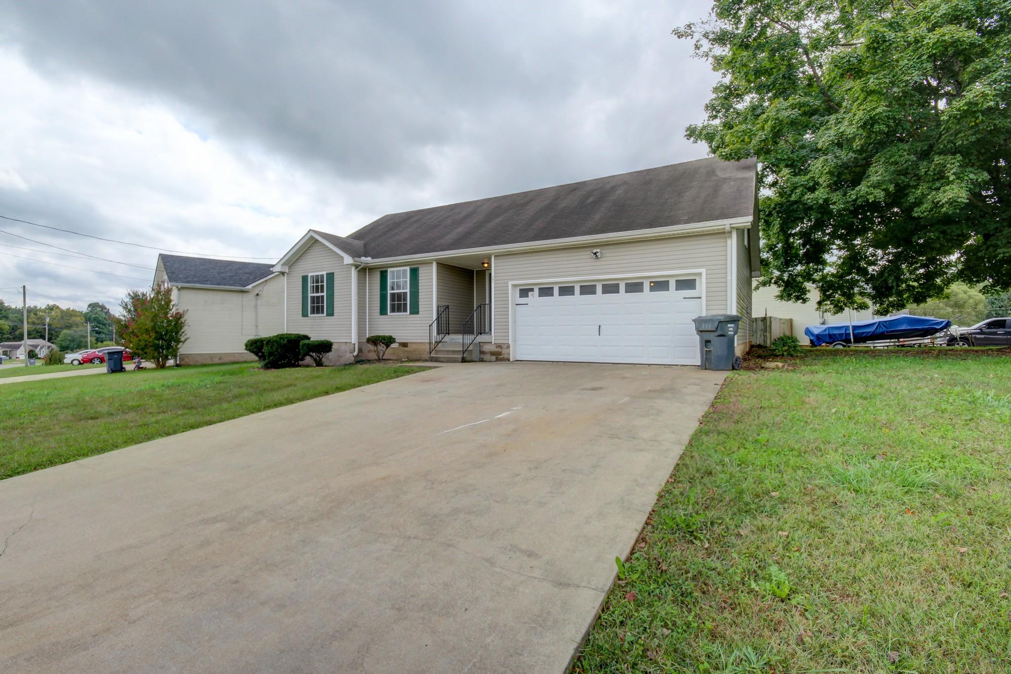 201 Grant Ave Property Photo