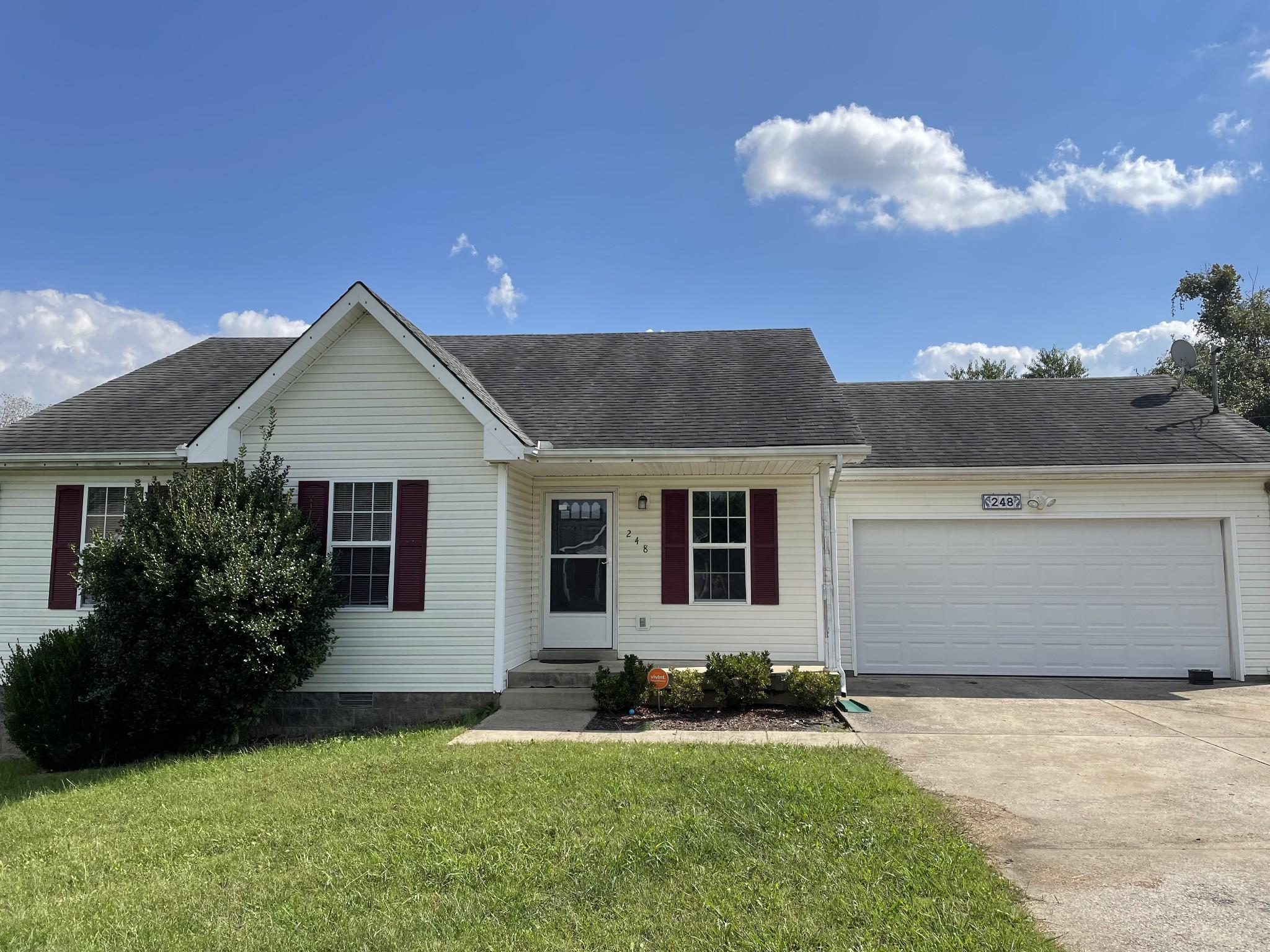 248 Golden Pond Ave Property Photo