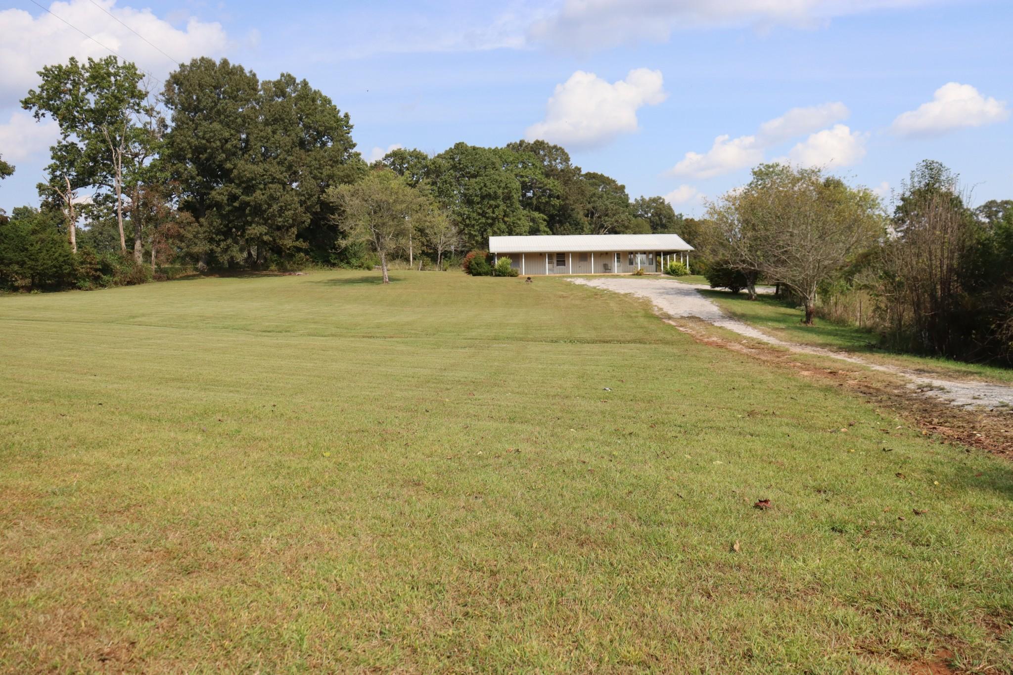 665 Oak Grove Rd Property Photo