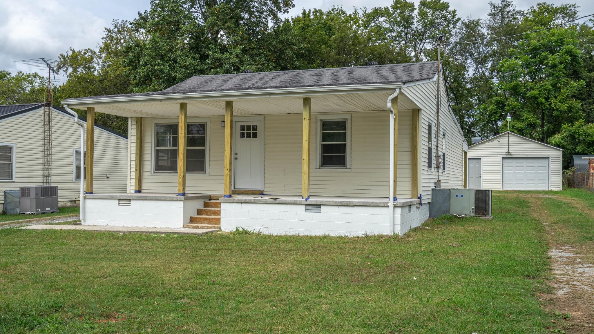 210 Austin Ave Property Photo 20