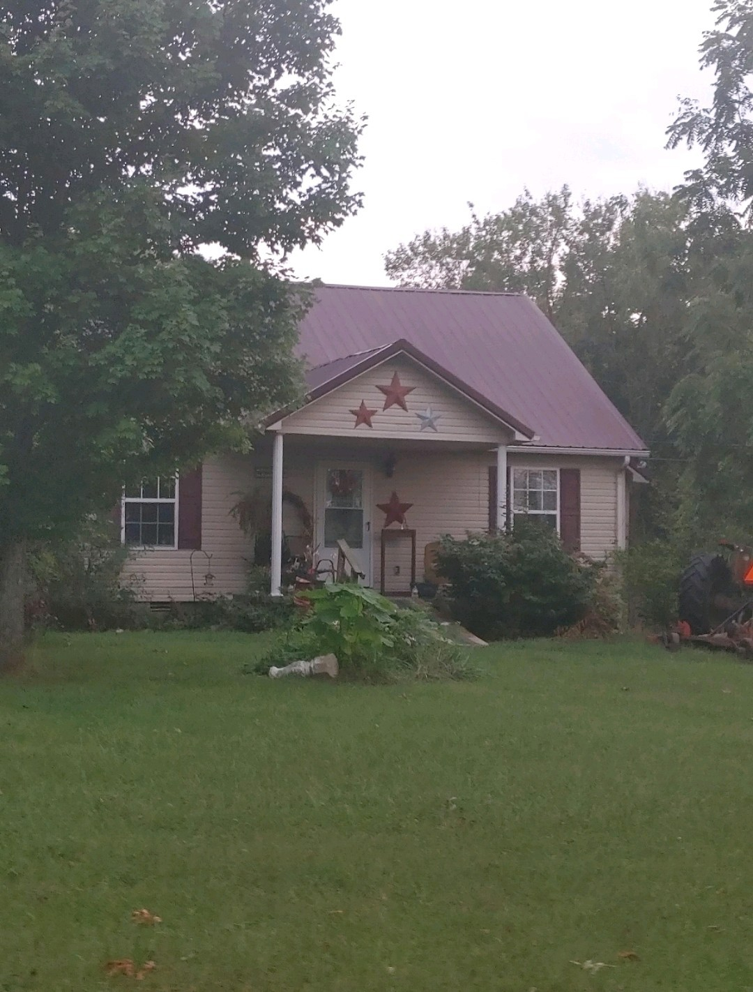 12784 Versailles Rd Property Photo