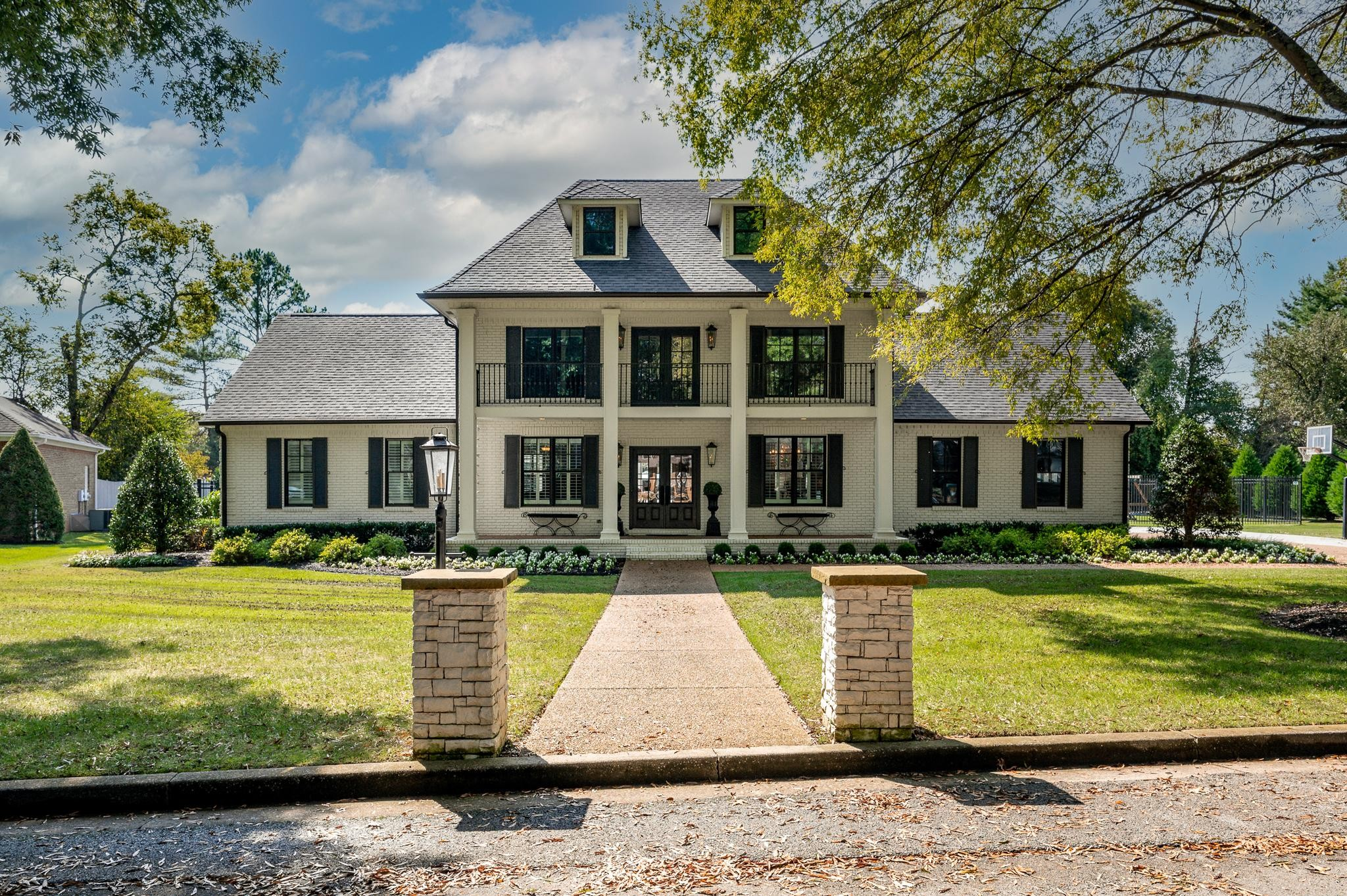 1547 Georgetown Lane Property Photo 2