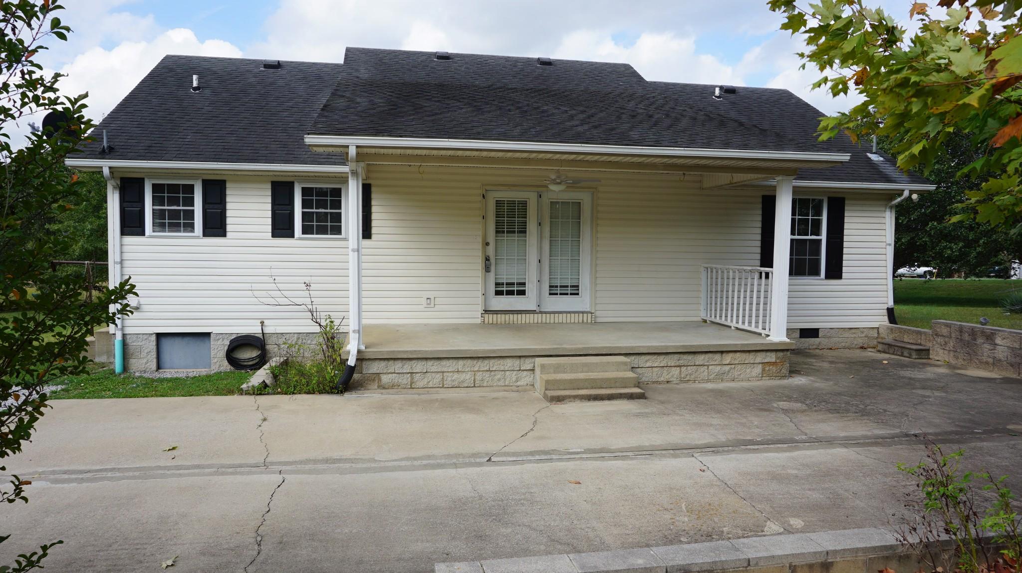 42276 Real Estate Listings Main Image