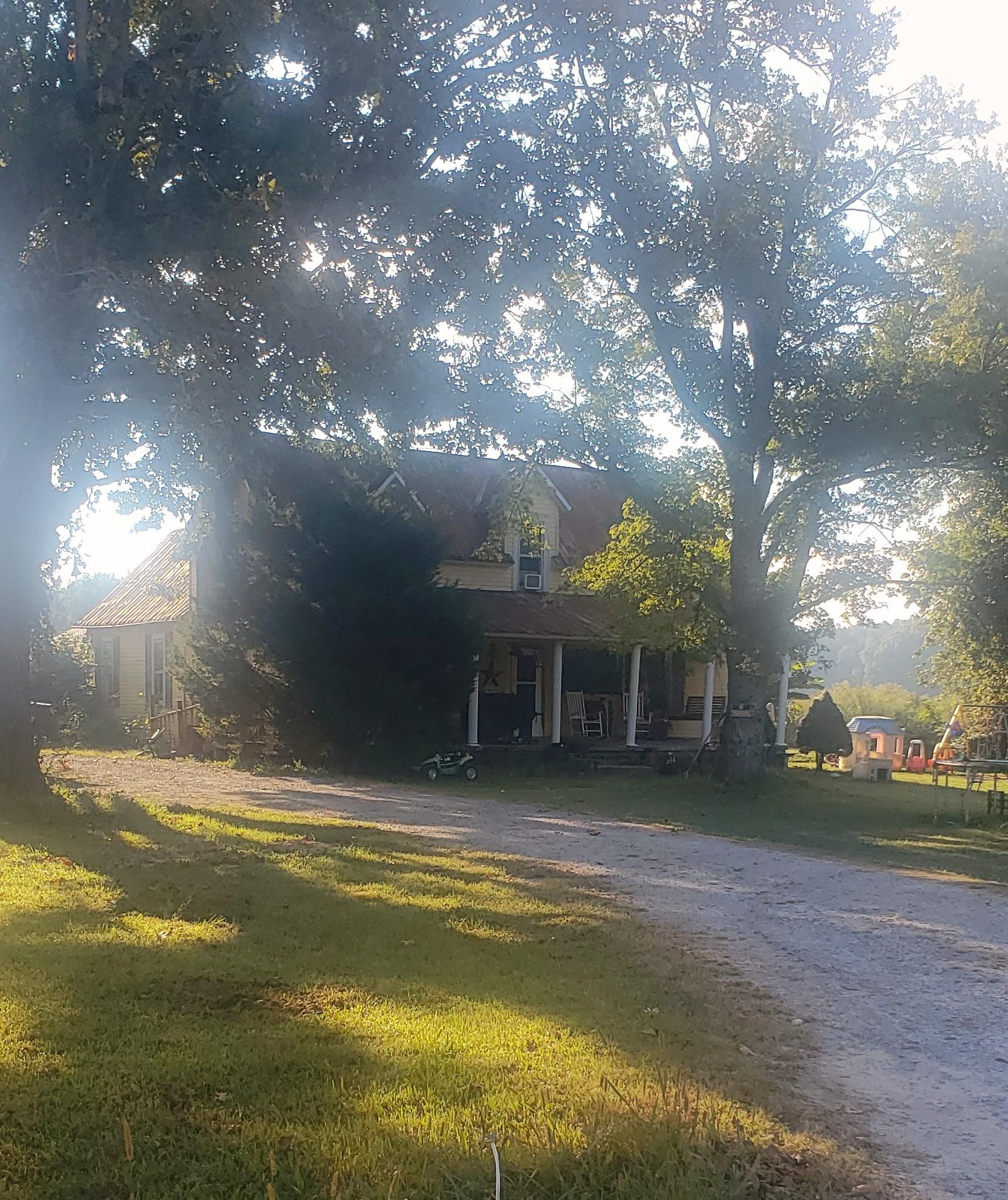 136 Scott Orchard Rd Property Photo