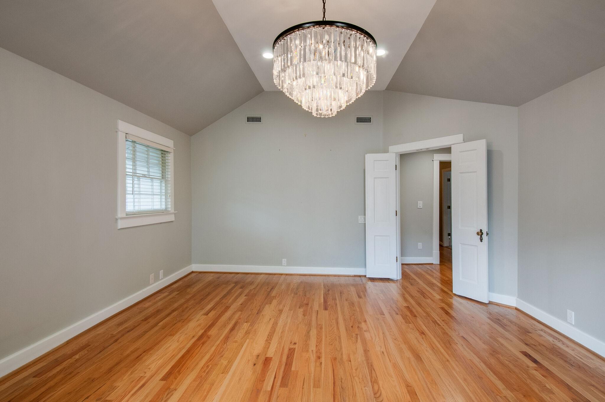 2214 Belmont Blvd Property Photo 32