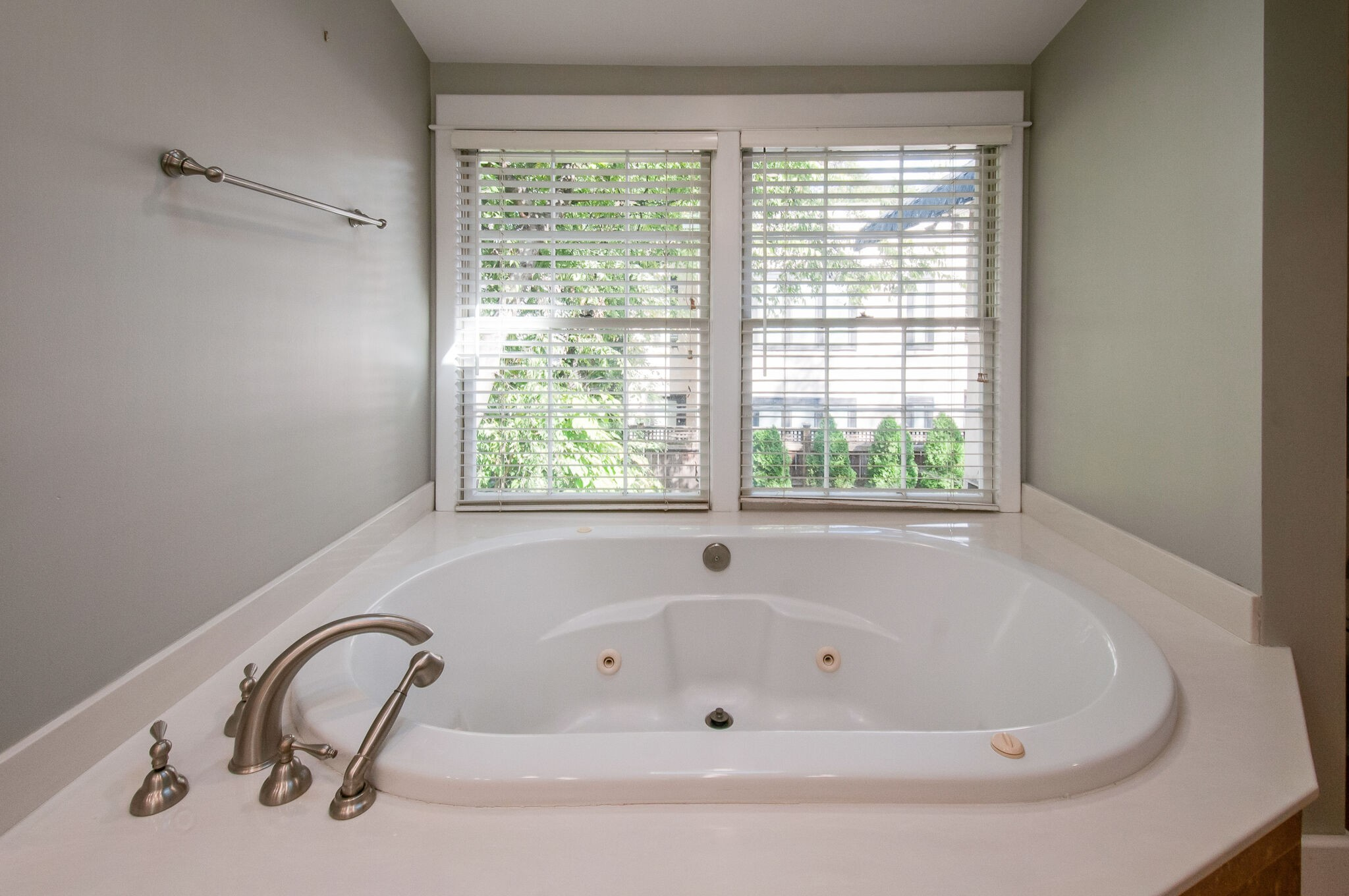 2214 Belmont Blvd Property Photo 35