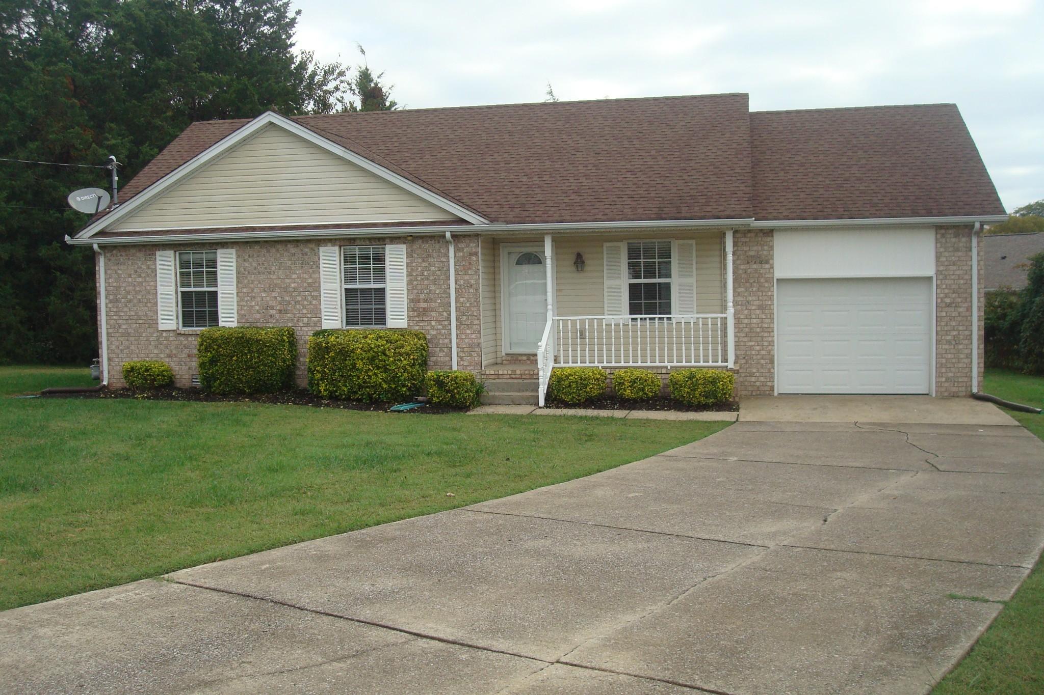818 Odom Ct Property Photo