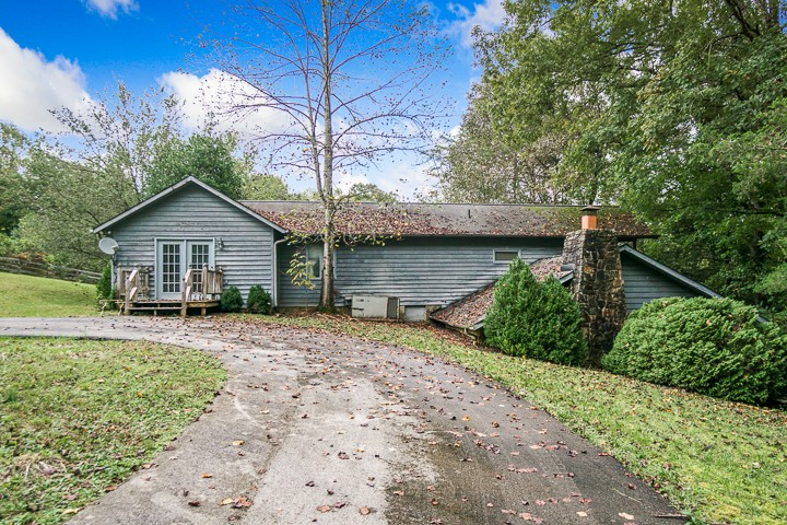 341 Stoney Creek Rd Property Photo