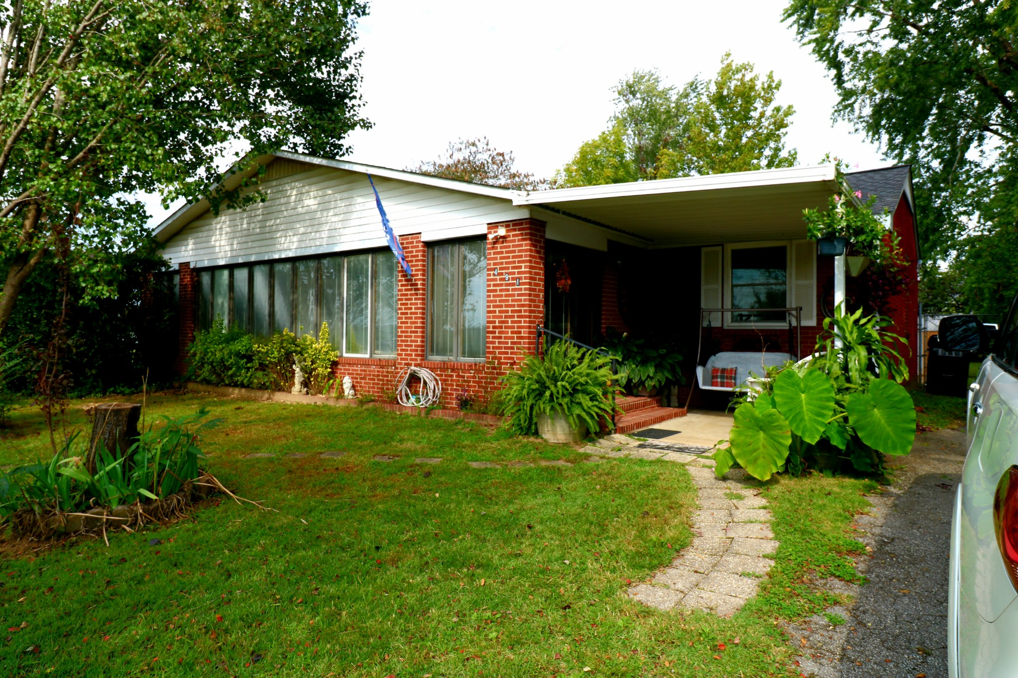 491 Ashe Ave Property Photo
