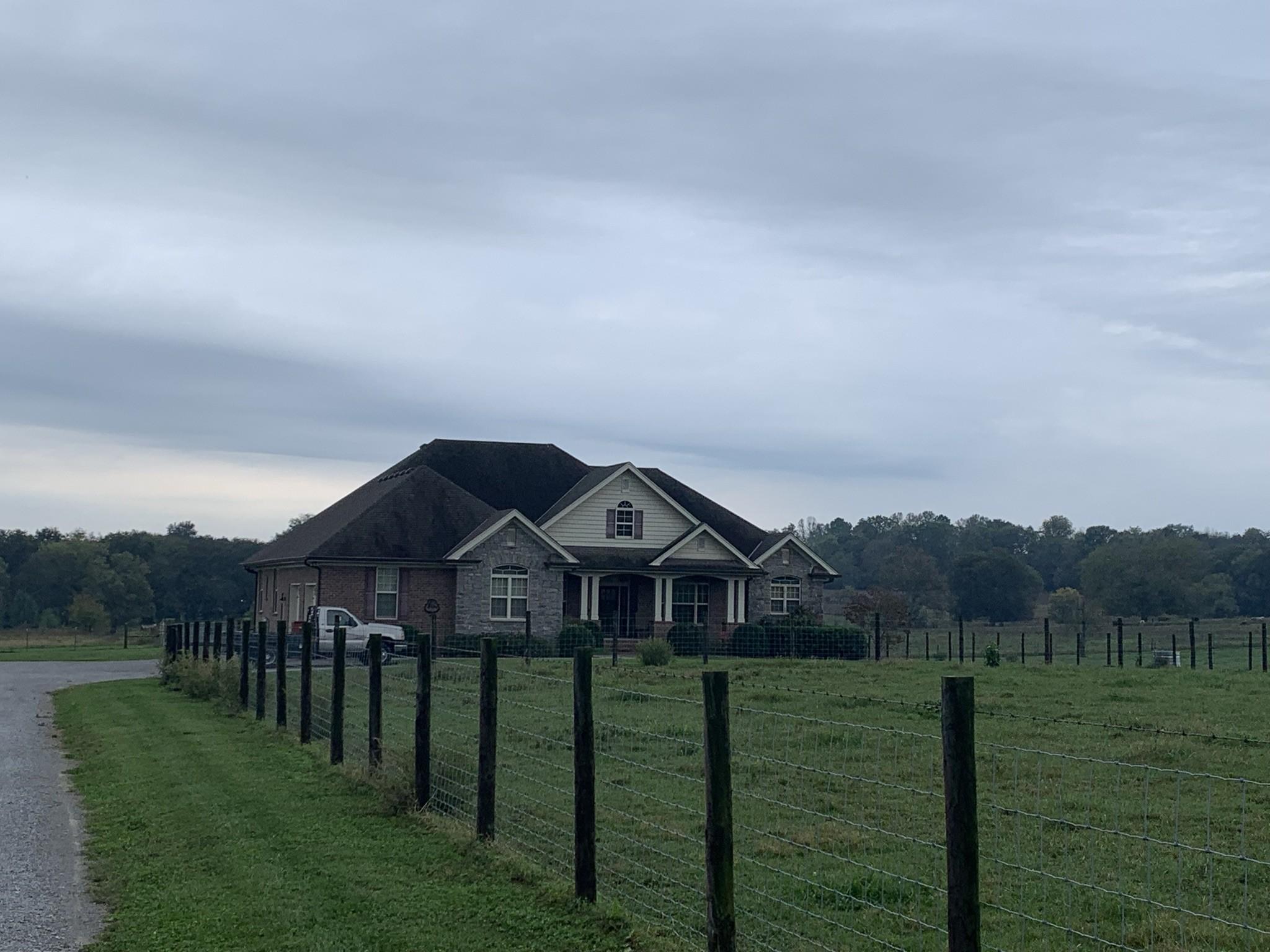 1714 Hartsville Pike Property Photo 1