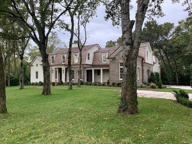 715 Lynnwood Blvd Property Photo 1