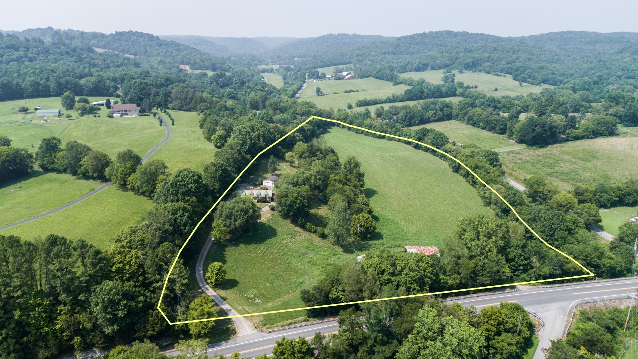 3595 Highway 31 Property Photo