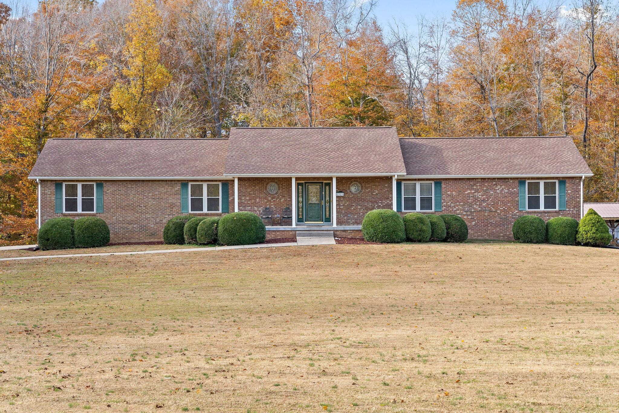 2323 Dunbar Rd Property Photo