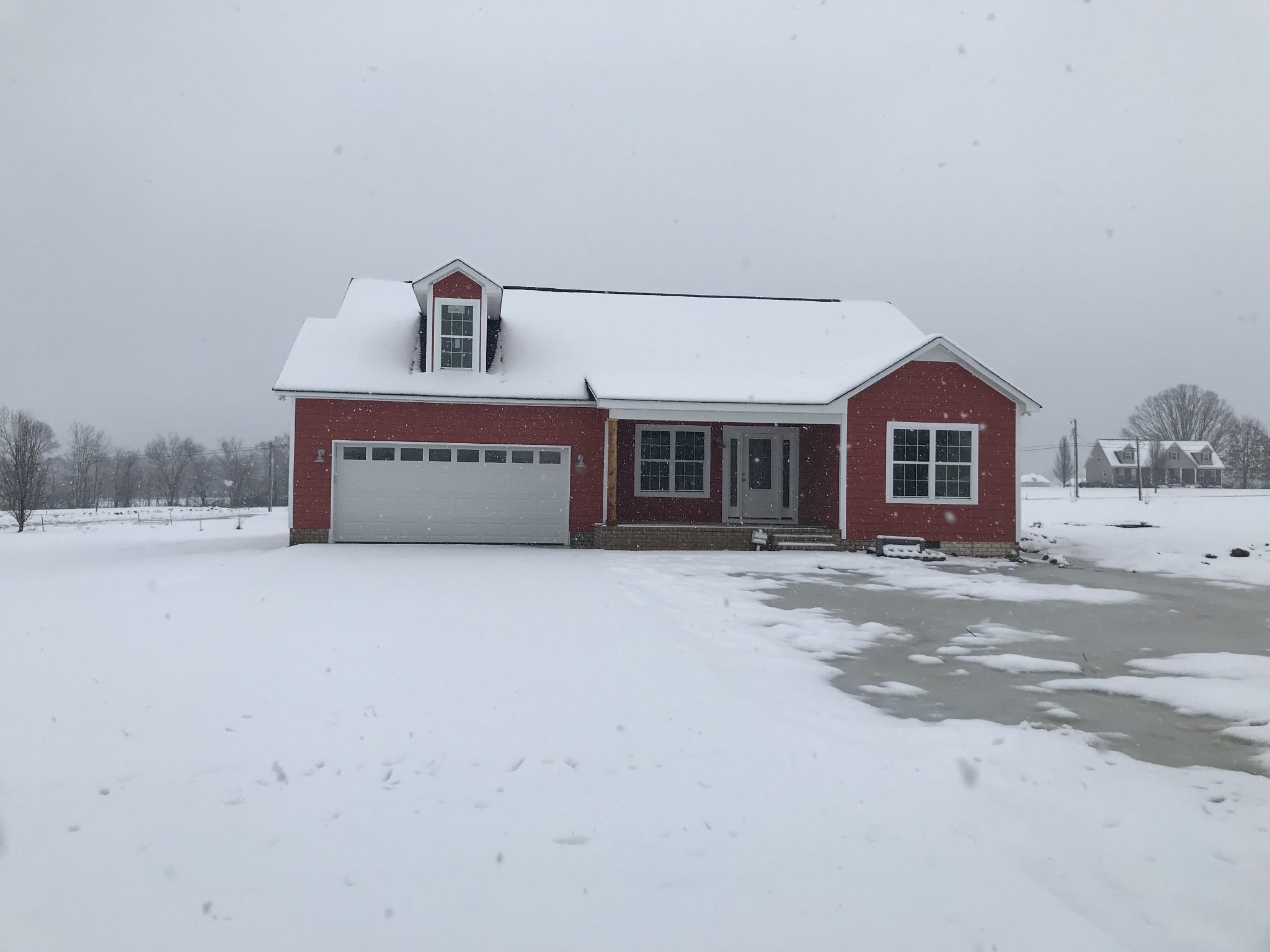 239 Sunshine Ln Property Photo