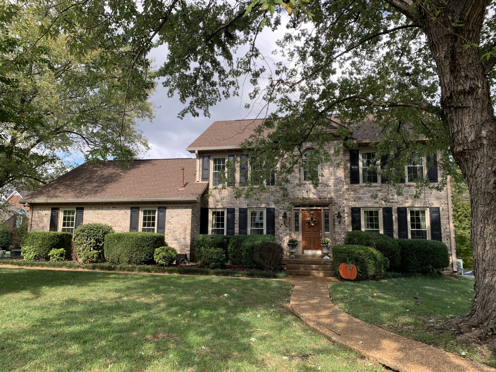 147 Hedgelawn Dr Property Photo
