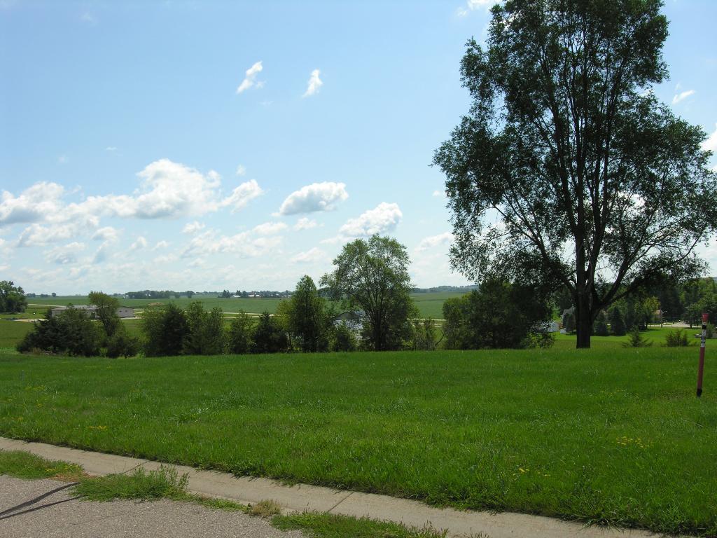 Xxx Prairie View-lot 1 Drive Property Photo