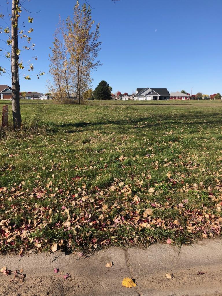 801 Cottonwood Avenue Property Photo