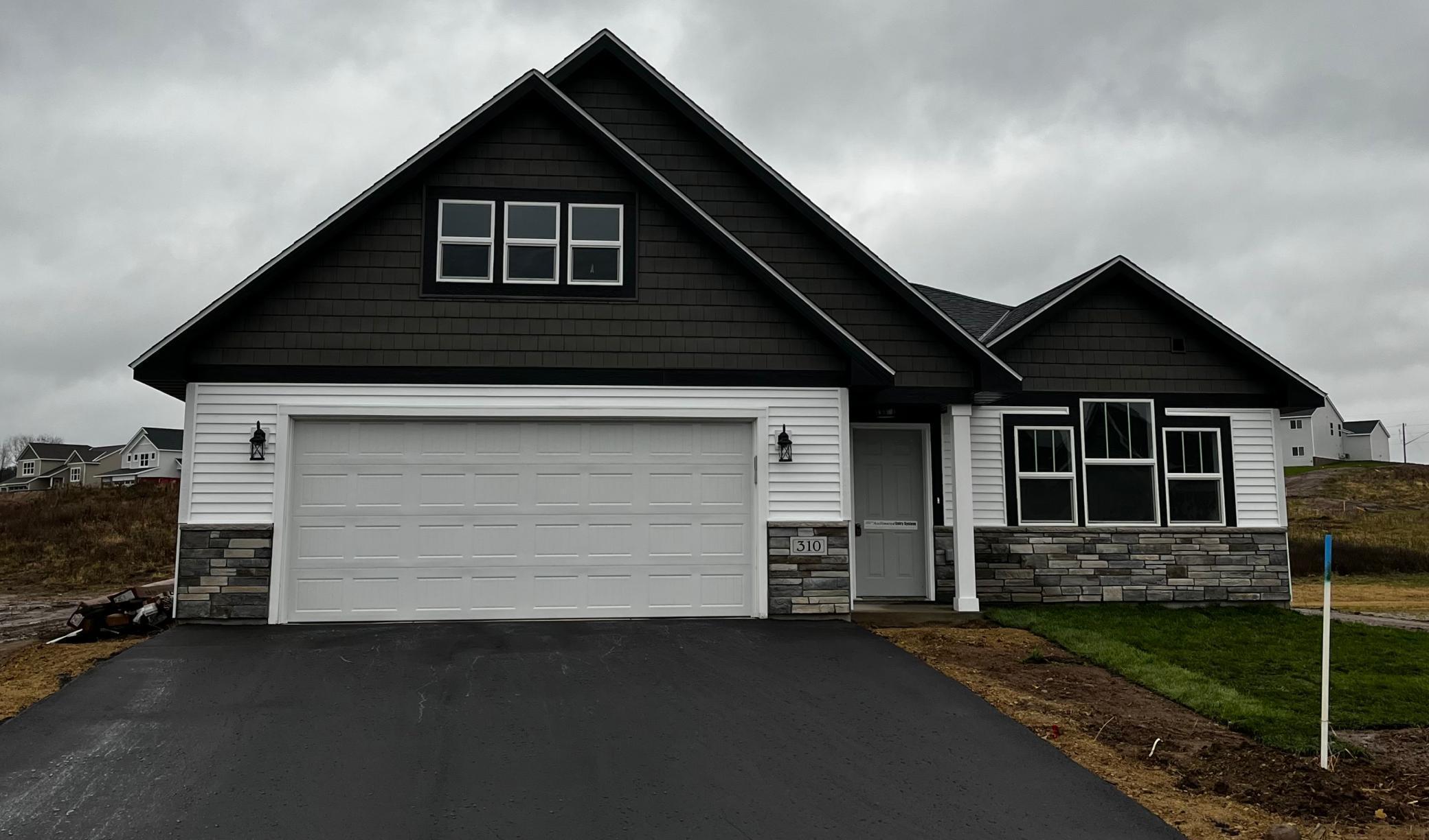 310 Aspen Drive Property Photo