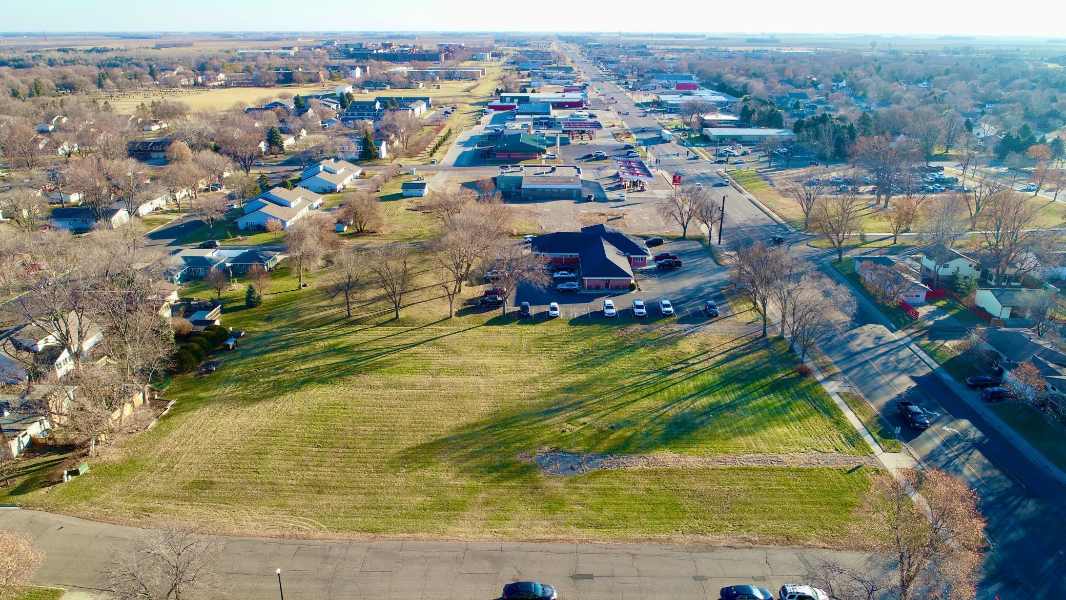 801 & 805 E College Drive Property Photo