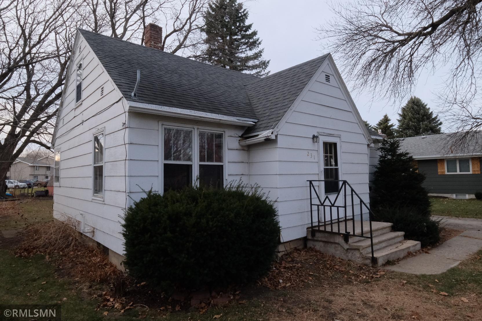 231 Maple Street Property Photo
