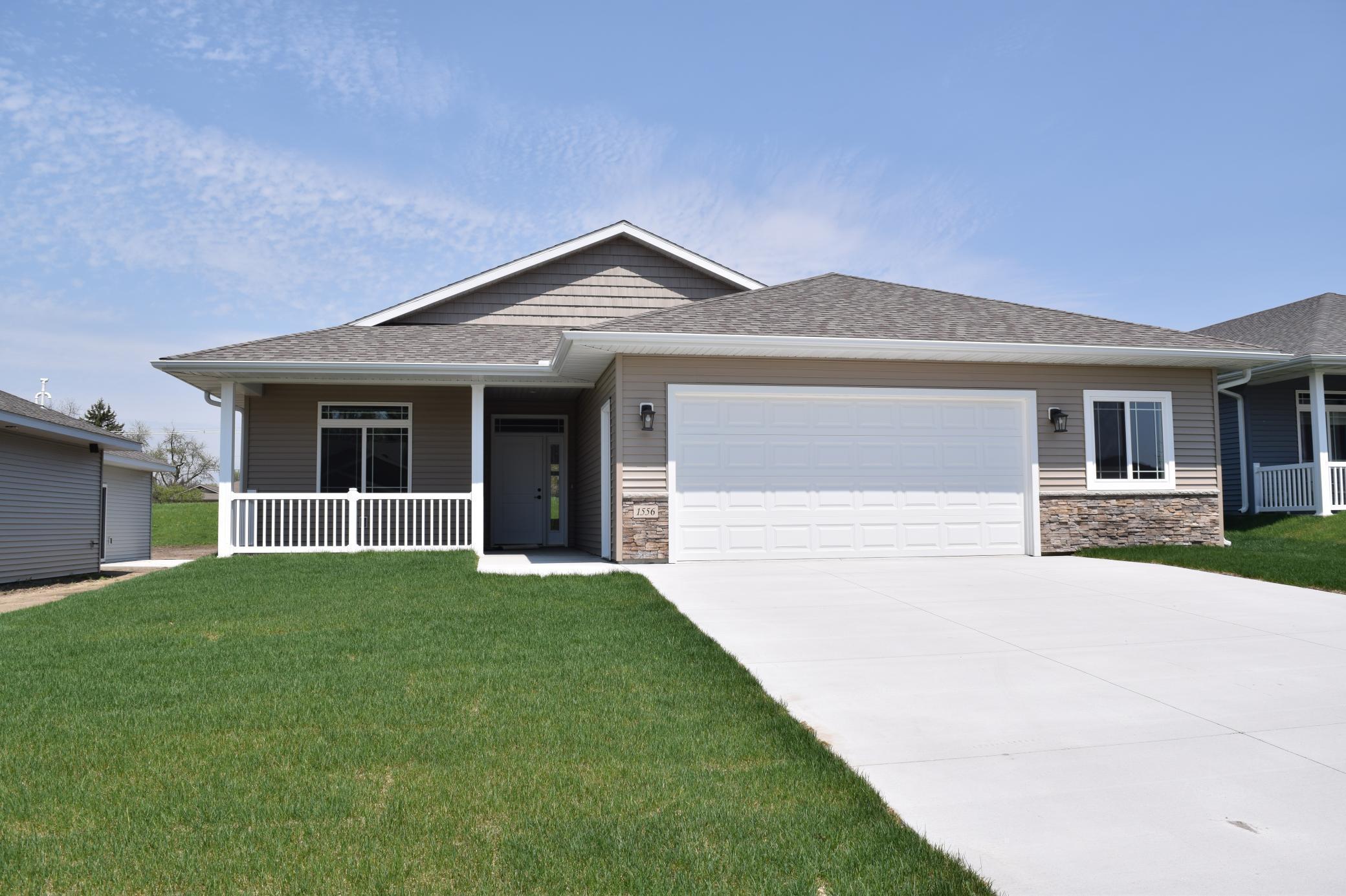 1556 Eagle Ridge Street Property Photo