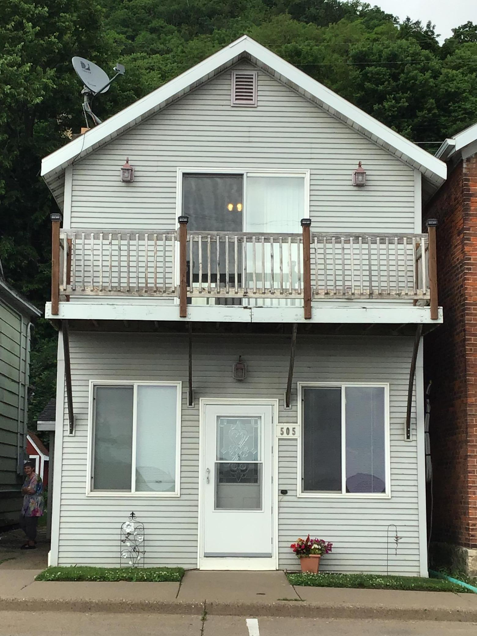 N 505 Main Street Property Photo