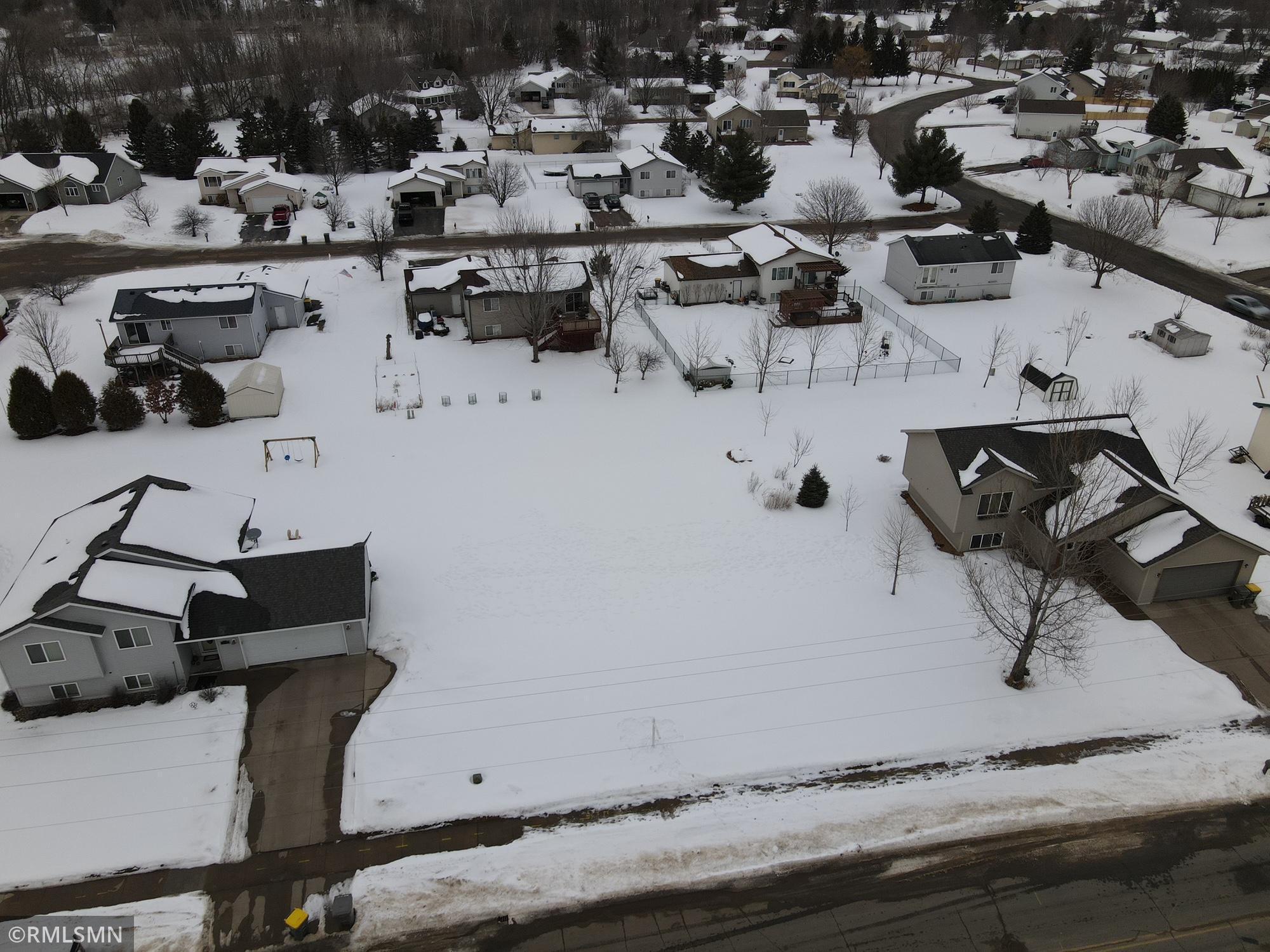 905 Southside Drive Property Photo